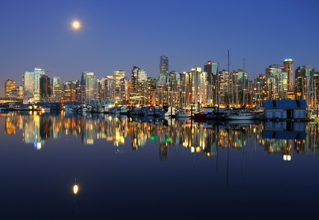 nightscene: Vancouver downtown, lunar night, Canada BC