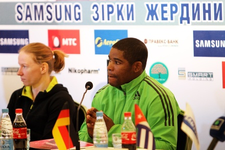 DONETSK, UKRAINE - FEB 11   R-L  Borges L�zaro and Svetlana Feofanova on the press conference before Samsung Pole Vault Stars meeting on February 11, 2012 in Donetsk, Ukraine