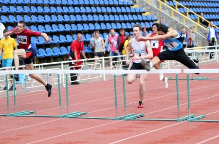 Yalta, Ukraine - May 25  athletes on the international athletic meet between UKRAINE, TURKEY and BELARUS on May 25, 2012 in Yalta, Ukraine  新聞圖片