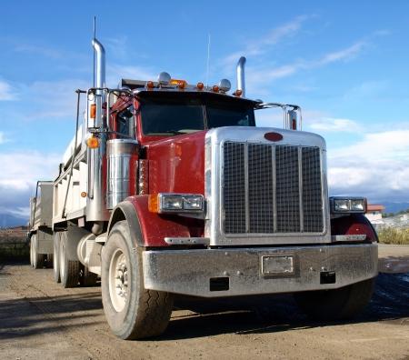 ciężarówka: Amerykańska Ciężarówka Zdjęcie Seryjne