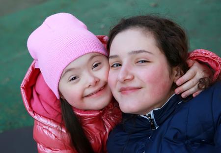 ni�o discapacitado: Momentos felices de la familia