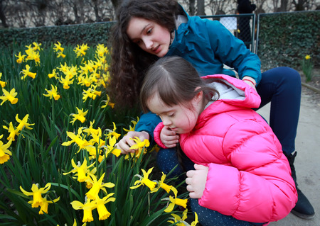 niños discapacitados: Momentos felices de la familia