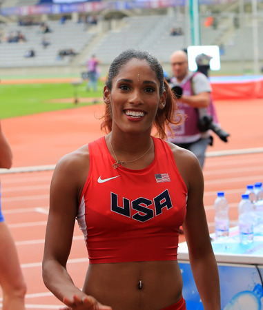 hurdles: Kristi Castlin on DecaNation International Outdoor Games on September 13, 2015 in Paris, France.Is an American track and field athlete who specialises in the 100-meter hurdles