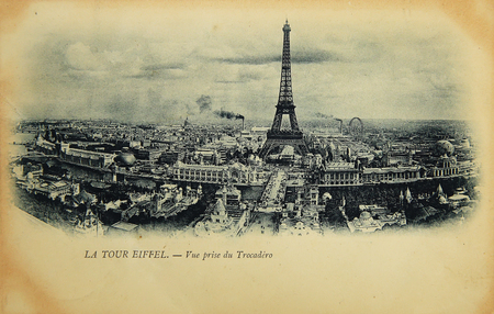 la tour eiffel: Rare vintage postcard with view on Eiffel Tower from Trocadero in Paris, France, circa 1900