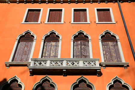 Windows from Venice, Italy Standard-Bild