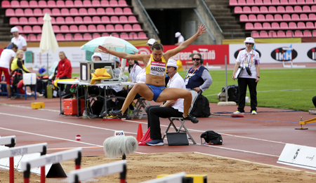 TAMPERE, FINLAND, July 12: AMANDA HANSSON ( SWEDEN ) on the long jump on the IAAF World U20 Championship Tampere, Finland 12 July, 2018 Foto de archivo - 126230097
