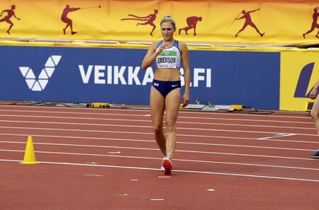 TAMPERE, FINLAND,  July 12: NIAMH EMERSON (GBR), English track and field athlete leeds in heptathlon in the IAAF World U20 Championship Tampere, Finland 12th July, 2018. Foto de archivo - 126230159