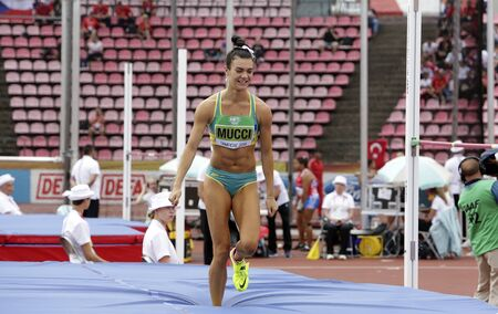 TAMPERE, FINLAND,  July 12: CELESTE MUCCI (AUSTRALIA) on high jump heptathlon event in the IAAF World U20 Championship Tampere, Finland 12 July, 2018. Foto de archivo - 126230163