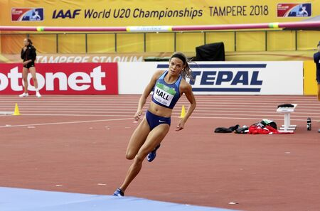 TAMPERE, FINLAND,  July 12: ANNA HALL (USA), american track and field athlete on heptathlon event in the IAAF World U20 Championship Tampere, Finland 12th July, 2018. Foto de archivo - 126230194