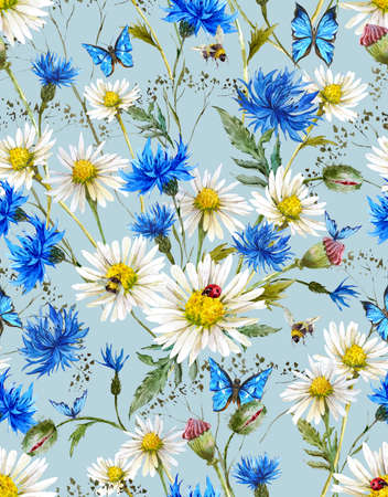 schmetterlinge blau wasserfarbe: Sommer Aquarell Weinlese-Blumennahtloses Muster mit Blooming Kamille und Kornblumen Gänseblümchen Marienkäfer-Hummel-Biene und blaue Schmetterlinge, Aquarell-Illustration