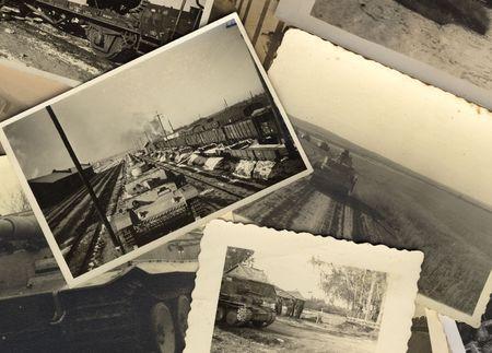 war tank: fotos negras de la vendimia y blancas grungy tomadas durante la guerra mundial II. todas las fotos incluidas donde tomado por mi padre difunto. Soy due�o de todo el copyright de las derechas incl..