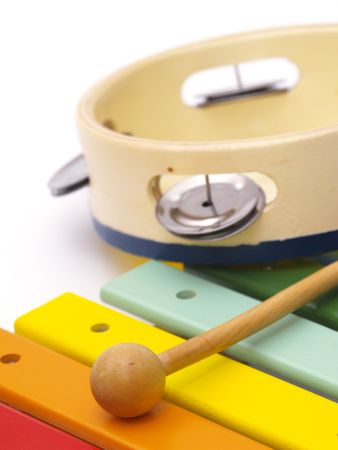 xilofono: detalle de xil�fono y pandereta para ni�os