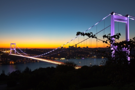 mehmet: Fatih Sultan Mehmet Bridge at evening