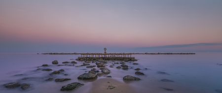 Barcelona beach coastline at sunset time Long exposure 免版税图像