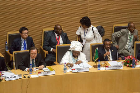 zuma: Addis Ababa, Ethiopia ? May 25: H.E. Dr. Nkosazana Dlamini-Zuma, H.E. Ban Ki-moon  and H.E. Ato Hailemariam, Dessalegn at the opening ceremony of the 50th Anniversary of the OAUAU at the African Union Commission Head Quarters in Addis Ababa, Ethiopia