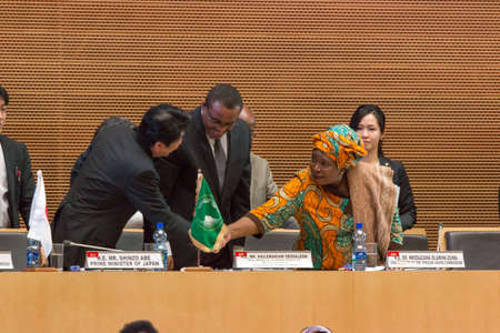 H.E. Mr. Shinzo Abe, Prime Minister of Japan shakes hands with H.E. Dr. Nkosazana Dlamini-Zuma, Chairperson of the African Union Commission on January 14, 2014, at the African Union Headquarters in Addis Ababa, Ethiopia.