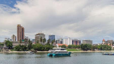 The shores of the Indian Ocean in Dar es Salaam, Tanzania 版權商用圖片