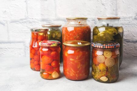 Preservation of vegetables in banks. Fermentation products. Harvesting cucumbers and tomatoes for the winter
