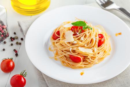 cooking oil: Spaghetti with tomato sauce Stock Photo