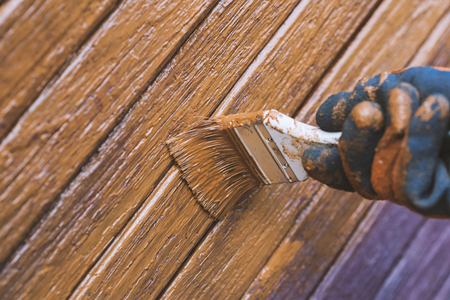 Schilderij houten deur, verschijnt uiterlijk. Voorbereiden voor de vakantie. Oekraïne