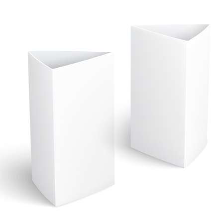 placecard: Blank paper vertical triangle cards on white background with reflections. Left and right view.