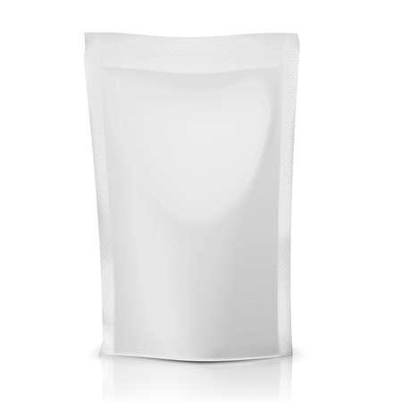 Blanco folie of plastic zak voor voedsel: koffie, cacao, snoep, olijven, saus. Inzameling van verpakkingen. Vector illustratie. Stock Illustratie