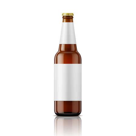흰색 배경에 빈 레이블 빈 갈색 유리 맥주 병의 템플릿입니다. 벡터 일러스트 레이 션. 포장 컬렉션입니다. 일러스트