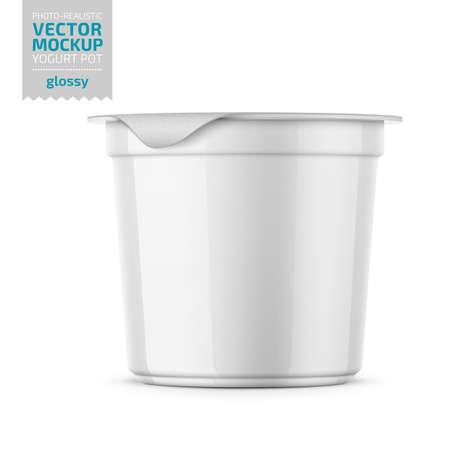 Vaso tondo in plastica lucida con coperchio in lamina per yogurt, panna, dessert o marmellata. 125ml. Modello di mockup di imballaggio fotorealistico. Illustrazione di vettore 3d.