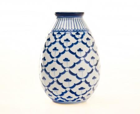 青と白の陶器の花瓶