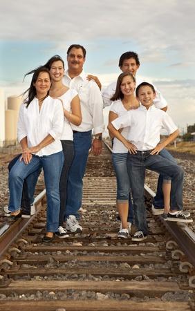 Retrato de familia multicultural Foto de archivo - 11701381