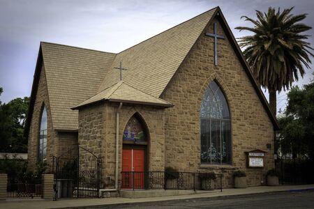 Historic St. John's Episcopal Church in down town Globe Arizona. Imagens