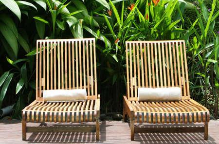 Dos sillas salon invitado a la espera de un spa de cinco estrellas Foto de archivo