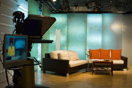 journal t�l�vis�: Les actualit�s t�l�vis�es profesionall studio de production de radio-t�l�vision  Banque d'images