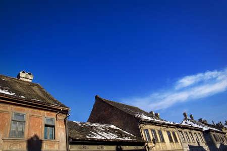 flue season: Casco antiguo de la ciudad tejados - concepto de la arquitectura, los detalles