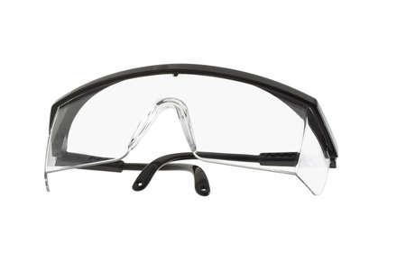 Kunststoff-Schutzbrille auf weißem Hintergrund