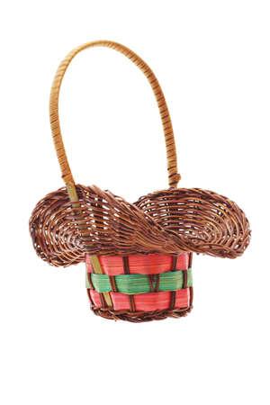 giftbasket: Lege rieten cadeau mand op een witte achtergrond Stockfoto