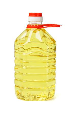 kunststof fles: Plastic fles tafelolie met handvat op een witte achtergrond
