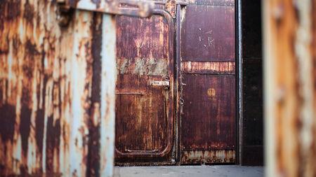 bogie: steel rust, old bogie