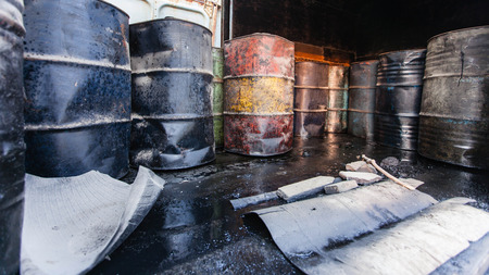 200 Lite small oil tank inside old bogie