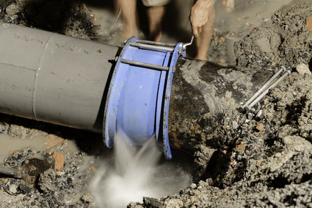 cast iron water pipe fix, 400 mm diameter photo