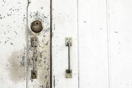 handle: Viejo de la maneta y la clave