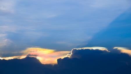 현상: Sky color change, natural phenomenon