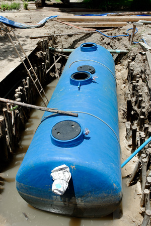 tanks: septic tank installation