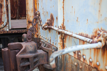 rust: steel rust, joint of bogie