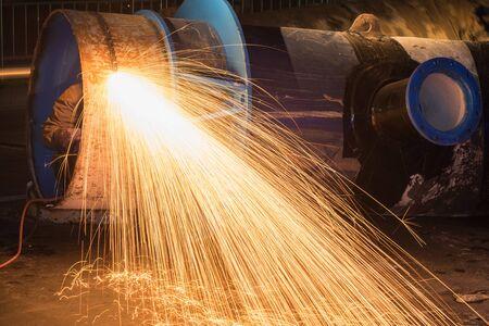 gas cutting, water steel pipe 1000 mm diameter