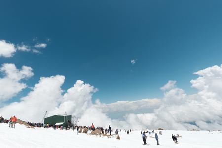 kashmir: many tourist at gulmarg  Kashmir, India,   4020 mete