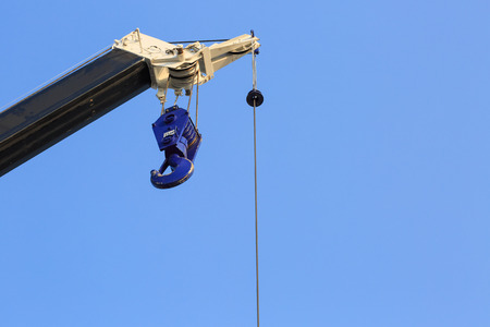 ton: Pulley for heavy weight(5.1 ton) material move, construction site
