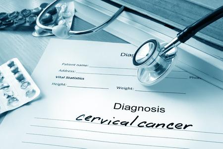 rak: Formularz diagnostyczny z rakiem szyjki macicy.