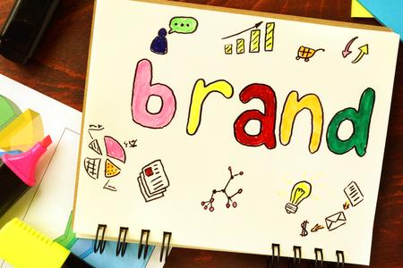 Bloc-notes avec la marque. concept de l'image de marque. Banque d'images