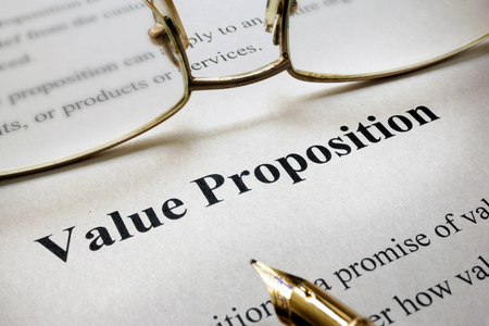 Page of paper with words Value Proposition Standard-Bild